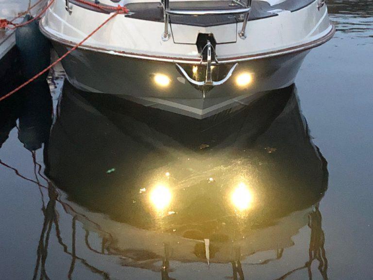 Jacht motorówka Darłowo ekstremalne szybkie pływanie